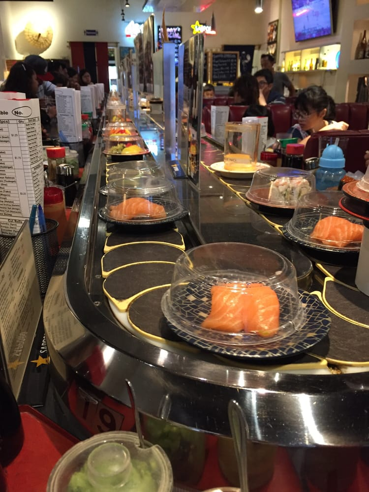 Kaiten Sushi Bar inside